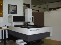 HIGH PRECISION MEASURING CENTER .