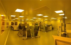 DEPLOYMENT OF A NEW CLEAN ROOM AT LAB CIRCUITS